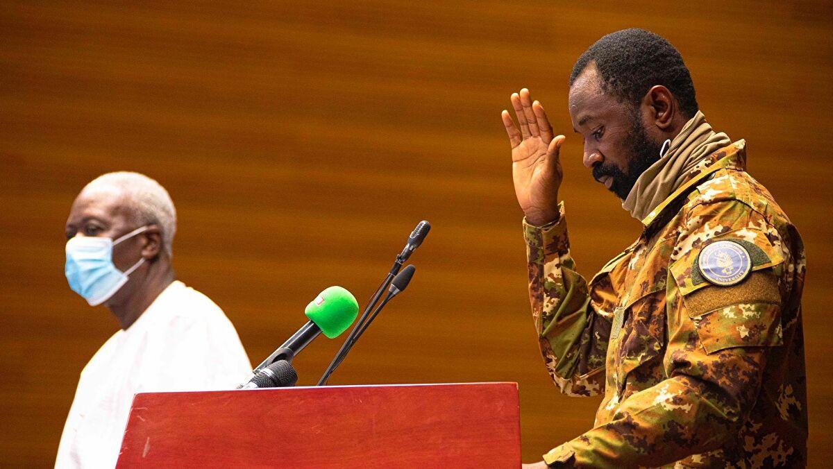 Suite au deuxième coup d'État : Le Mali suspendu par l'Union Africaine, s'expose aux sanctions de l'institution.