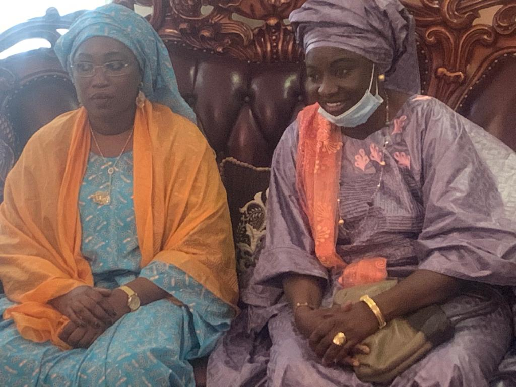 MAGAL DE SERIGNE ABDOU LAHAD / Mimi Touré reçue par divers chefs religieux dont Serigne Sidy Abdou Lahad, Serigne Abdou Latyf Diène etc...