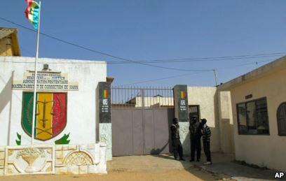 Enquête sur l'évasion de Baye Modou Fall (Boy Djinné) : trois gardes pénitentiaires déférés au parquet