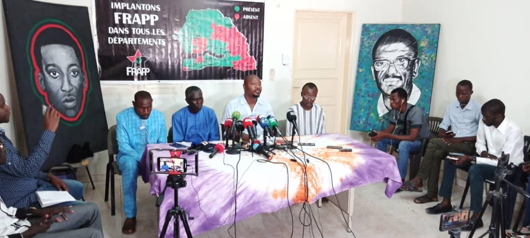 """Mort de Abdou Faye - La famille du complice de """"Boy Djinné"""" réfute la thèse du suicide « la victime avait des blessures à la tête et le cou noirâtre » (pére du défunt)"""