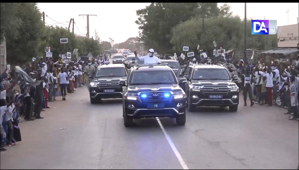 Visite économique dans le Nord : le président Macky Sall désenclave le Podor qui entame un brassage économique au bénéfice du Walo et du Diéri.