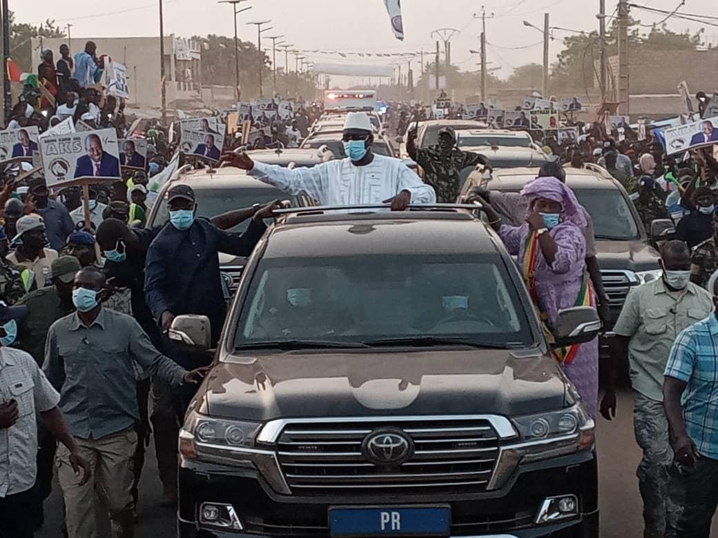 L'accueil triomphal réservé au Président Macky Sall par Abdou Karim Sall à  Orkadièré (Images)