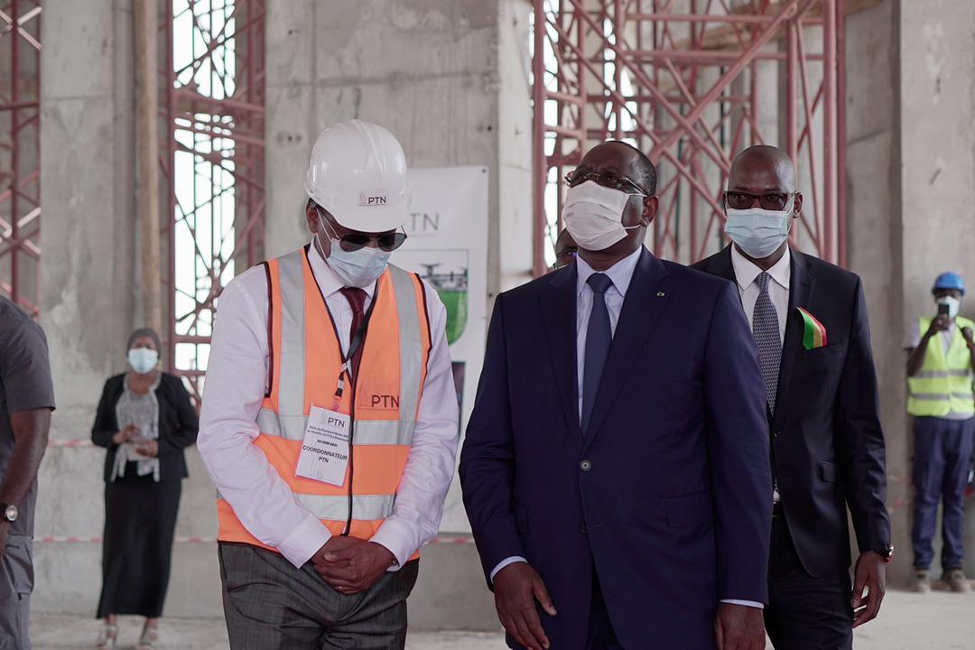PARC DES TECHNOLOGIES NUMÉRIQUES : Le chef de l'État salue l'avancement des travaux.