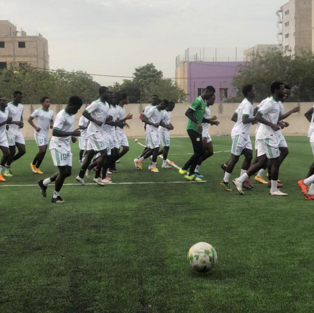 Nouveau terrain d'entrainement : Malgré les nombreux incidents qui ont émaillé le projet, le Jaraaf a « inauguré » son complexe.