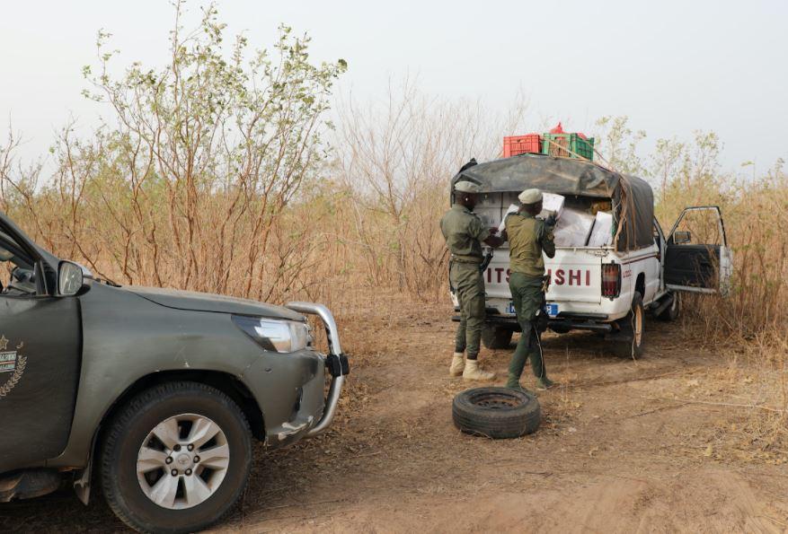 Trafic illicite : 15 tonnes de sachets en plastique saisies à Mbour et des faux médicaments à Ngouye
