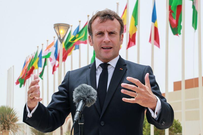 Emmanuel Macron au prochain sommet du G5 Sahel : Des perspectives pour un nouvel engagement français dans la région?