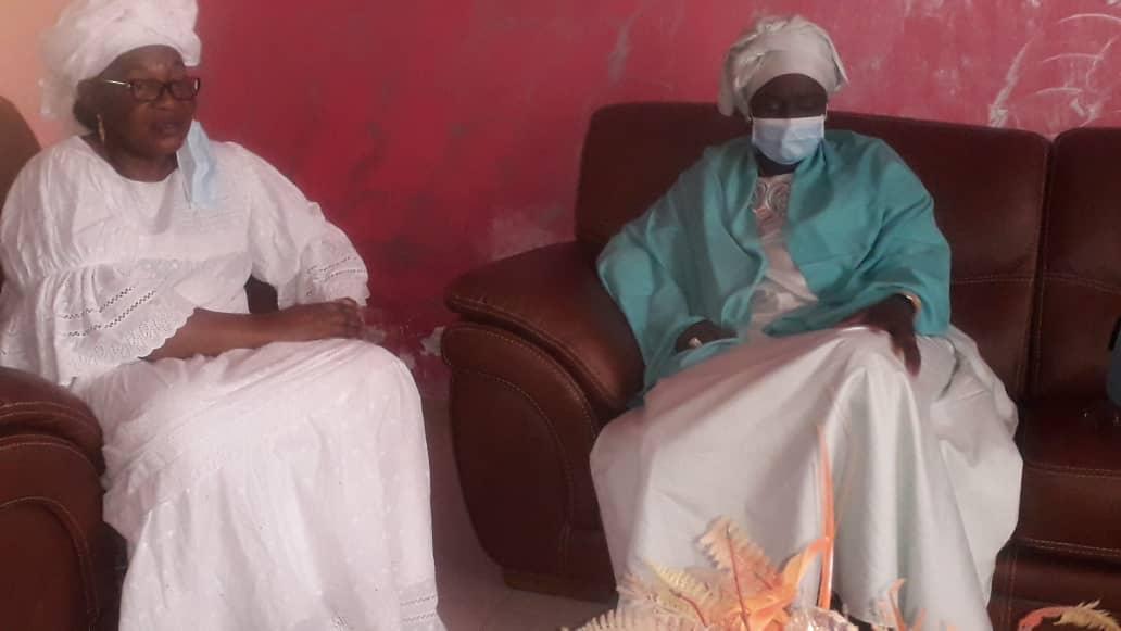 Sacré Cœur : Aminata Touré chez Aïda Mbodj pour présenter ses condoléances