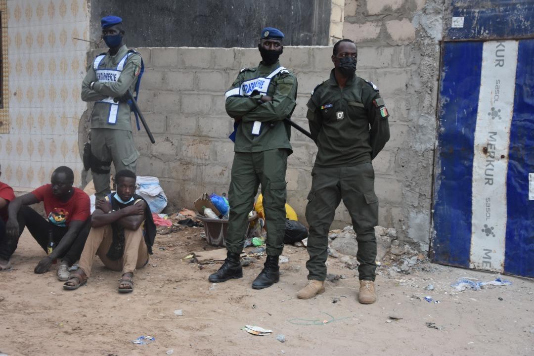 Operations de sécurisation à Keur Massar et Tivaouane peulh : 108 individus interpellés dont quatre 04 pour détention et port d'armes blanches