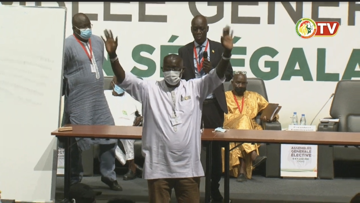 FSF : Me Augustin Senghor rempile pour 4 ans avec 326 voix contre 123 de Mady Touré.