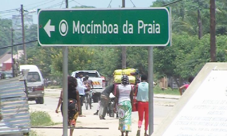 Mozambique: la ville portuaire de Mocimboa da Praia reprise aux djihadistes de l'État Islamique.