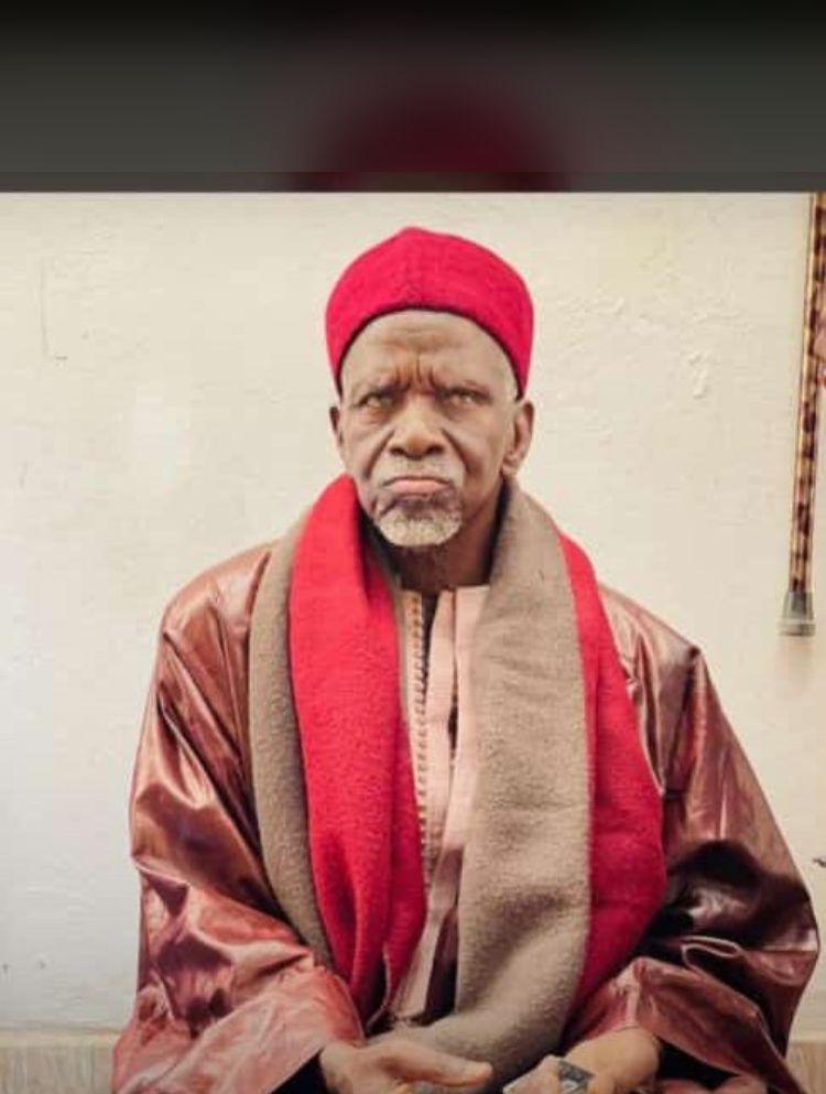 Califat de Thiénaba (Thiès) : Serigne Baye Assane Seck succède à son défunt frère Serigne Baye Abdou Rahim Seck.