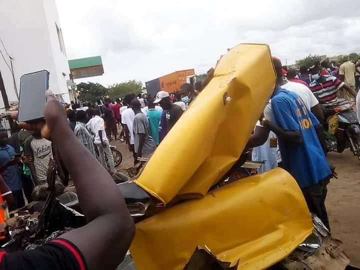 Accident entre un camion malien et un taxi / Vive tension dans les lieux : Plusieurs camions maliens saccagés entre Kaolack et Kahone.