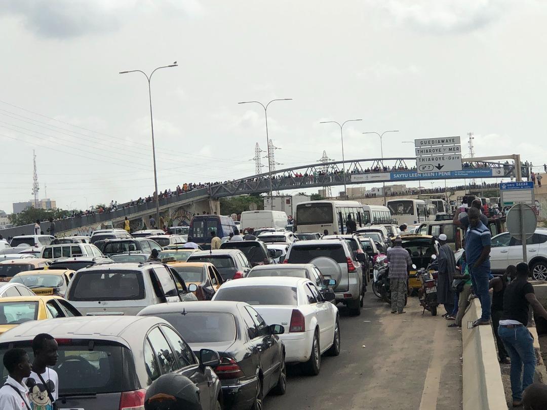 Inondations à Dakar : le calme est revenu sur l'autoroute à péage.