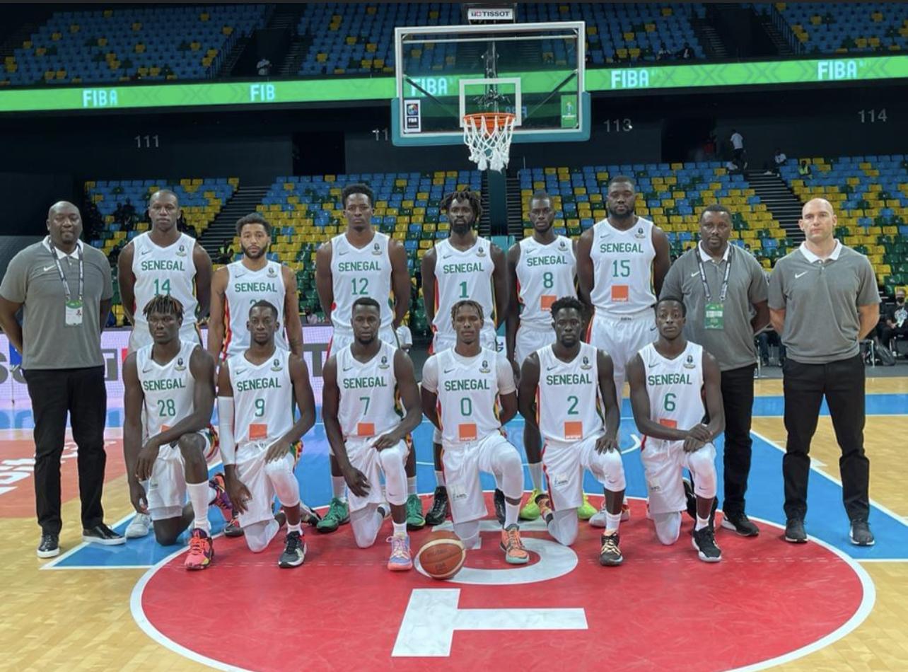 Afrobasket masculin 2021 : Le Sénégal démarre par une large victoire 93 – 55 contre l'Ouganda.