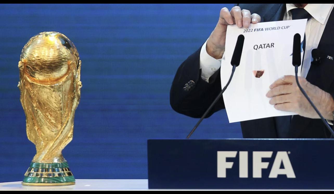 Coupe du monde Qatar 2022 : Amnesty appelle la FIFA à mettre fin à l'exploitation des travailleurs dans les chantiers.