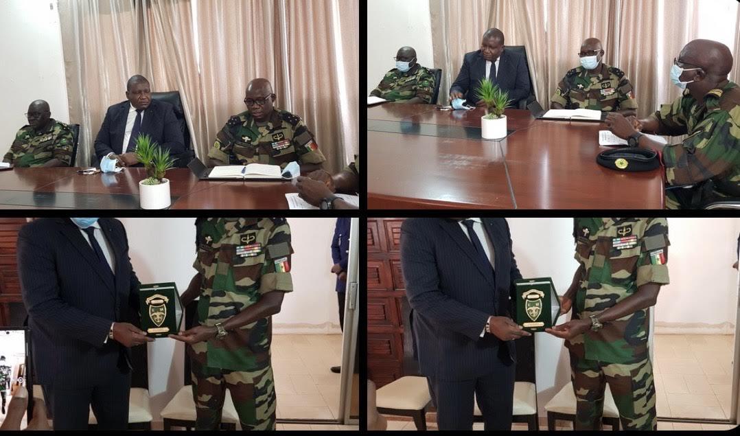 Diplomatie : Les forces armées sénégalaises et gambiennes vers un renforcement de la coopération militaire bilatérale.