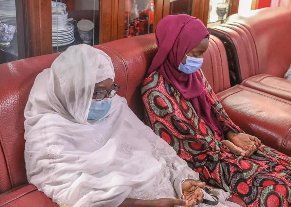 Décès de ABC : Le président Macky Sall chez son défunt ministre. (IMAGES)