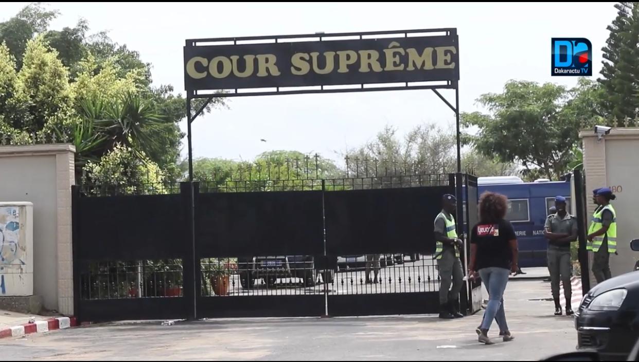 Sit-in devant la Cour suprême: le Préfet interdit le rassemblement de mouvement Frapp France Dégage.