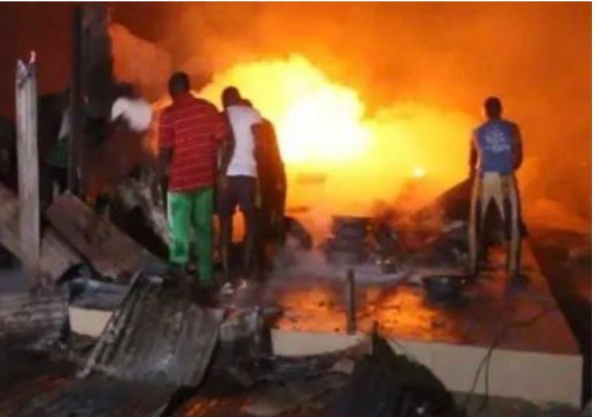 Avenue Pompidou : un feu de sous-sol déclaré dans l'immeuble adjacent de celui de la banque CBAO