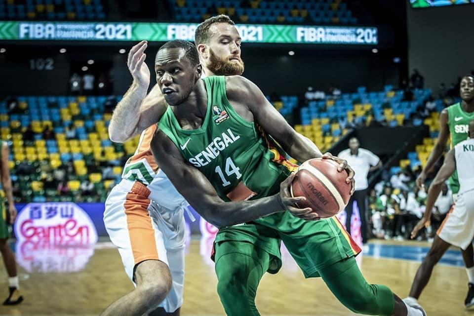 Afrobasket masculin 2021 : Nouvel échec pour le Sénégal qui tombe en demi-finale 75 à 65 face à la Côte d'Ivoire.