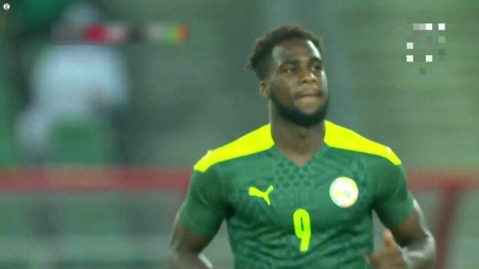Éliminatoires Coupe du monde 2022 : Boulaye Dia ouvre le score pour le Sénégal qui mène par 1 but à 0 face au Congo.