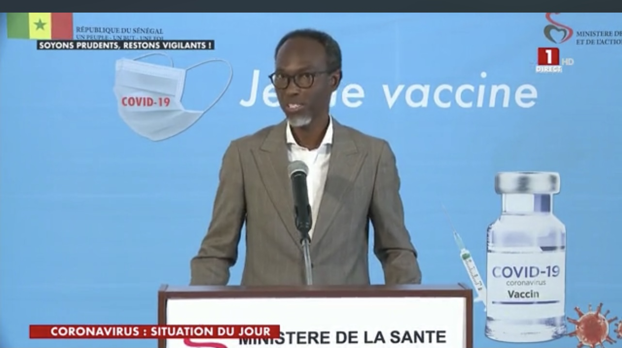 Professeur Moussa Seydi : « Le coronavirus est en passe de devenir une pandémie pour les personnes non encore vaccinées »