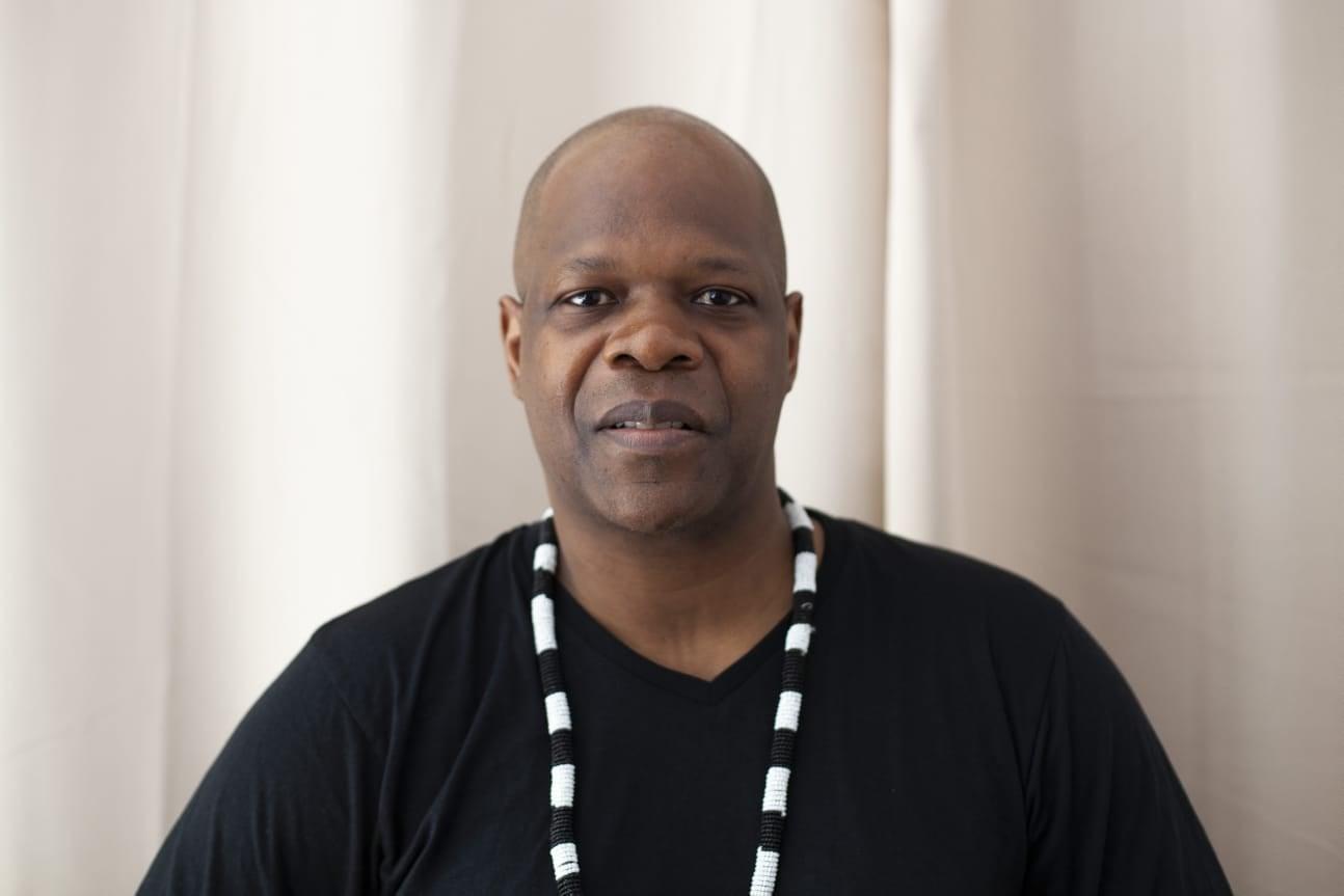 Nécrologie : Le journaliste Alain Amobe Mevegue est mort.