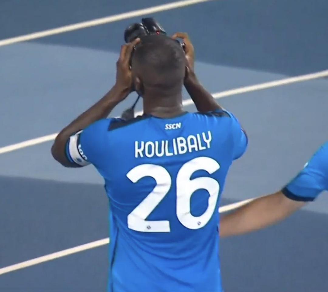Football / Série A : Kalidou Koulibaly offre le derby à Naples qui renverse la Juventus 2-1 !