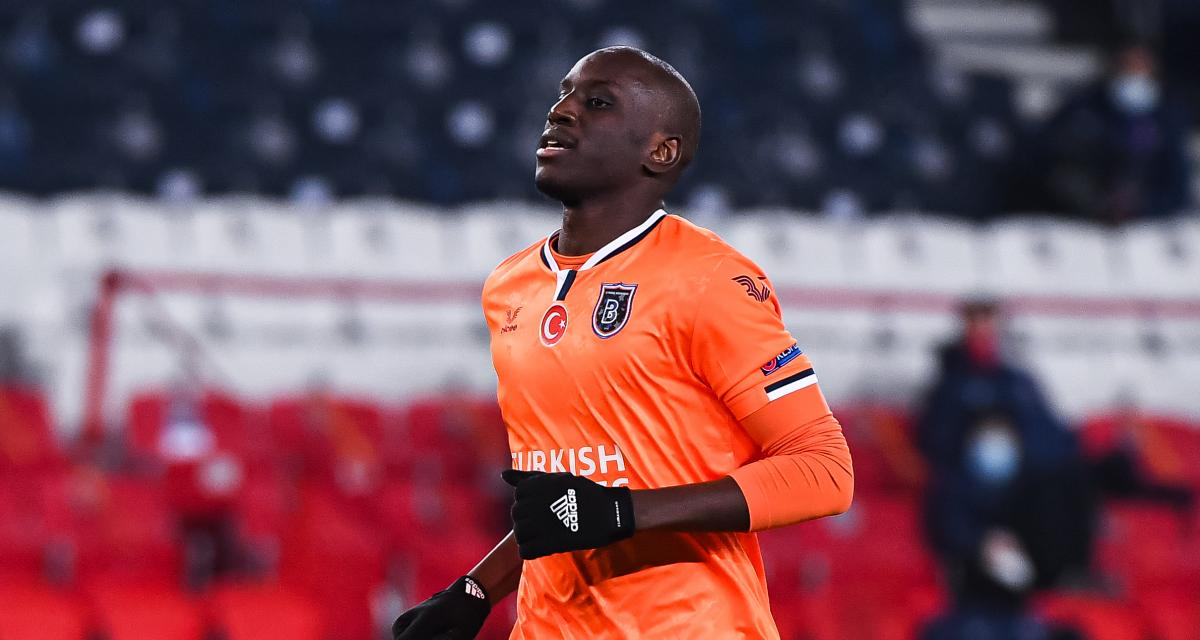 Football : L'attaquant international sénégalais, Demba Ba met fin à sa carrière.