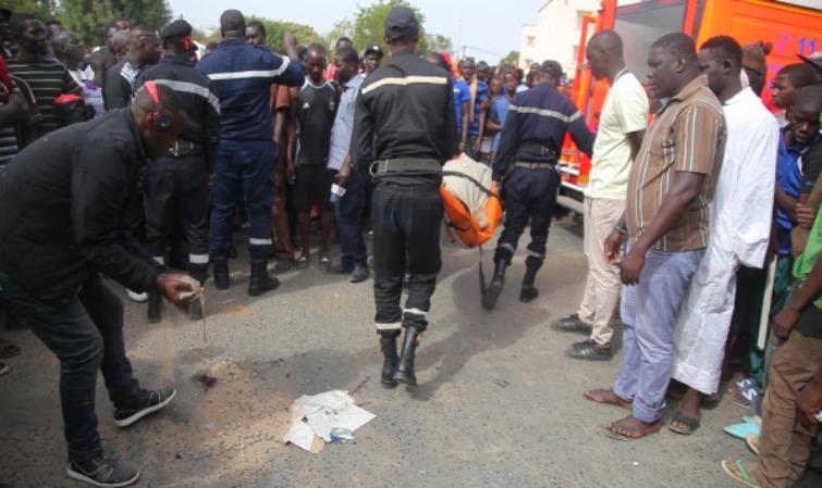 Koudiadiène (Tivaouane) : Une collision entre deux Ndiaga Ndiaye et un camion fait 5 morts et plusieurs blessés.