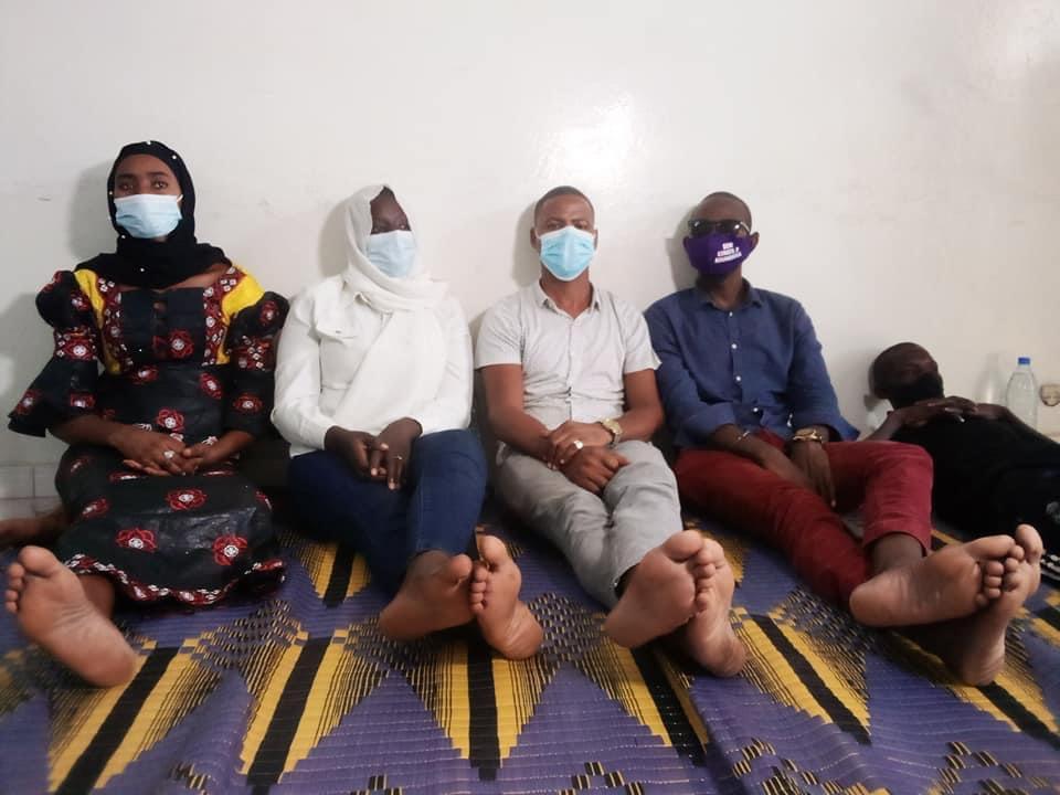 Éducation : Que sait-on des cinq enseignants qui viennent d'entamer une grève de la faim au siège de Frapp.