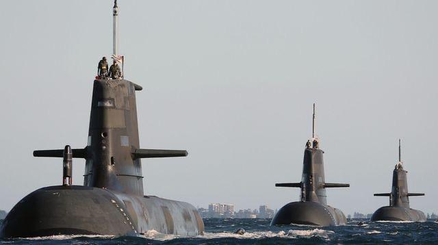 Crise des sous-marins / Snobée par l'Australie, la France se console auprès de la Grèce : Une réponse Européenne face à la stratégie AUKUS en perspective ?