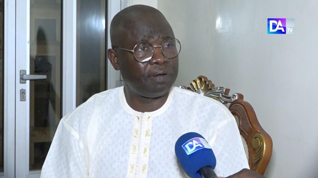 MAIRIE DE MBACKÉ / Docteur Fall Mbaye d'And Disso - Mbacké, candidat, démonte la pertinence d'avoir un maire résident.