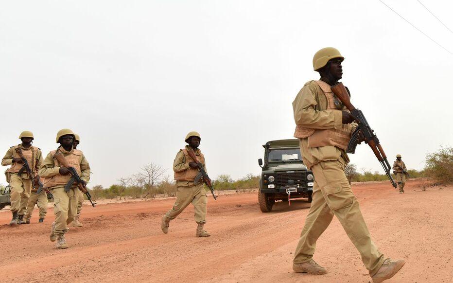 Burkina : une attaque terroriste contre une base militaire fait 14 morts du côté des soldats