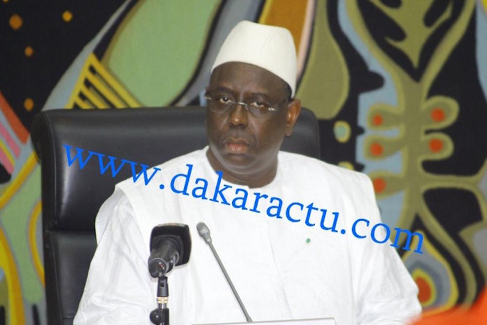 Macky Sall s'adjoint plus de 150 nouveaux ministres conseillers en douceur et fait pire que Wade
