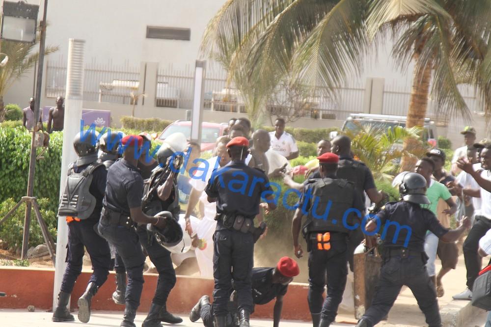 Affaire Ama Baldé / Insolite : Le policier en quatre appuis…