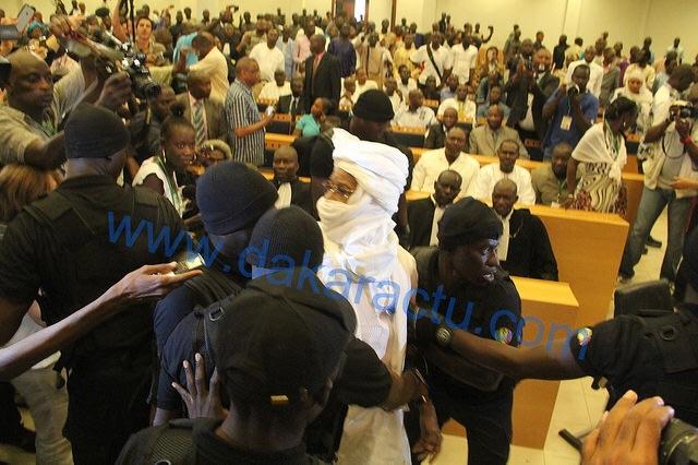 Reprise du proc s habr des avocats vont tre commis d office l ex pr sident tchadien - Avocat commis d office gratuit ...