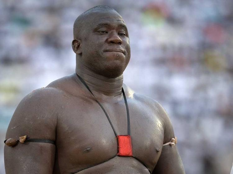 Le lutteur Yekini a encore divorcé