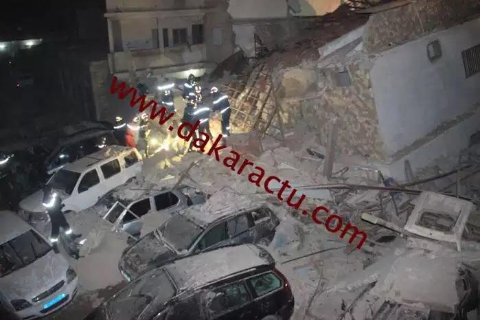 """GUEULE TAPÉE : Un bâtiment s'effondre à la rue """"Sans loi"""""""