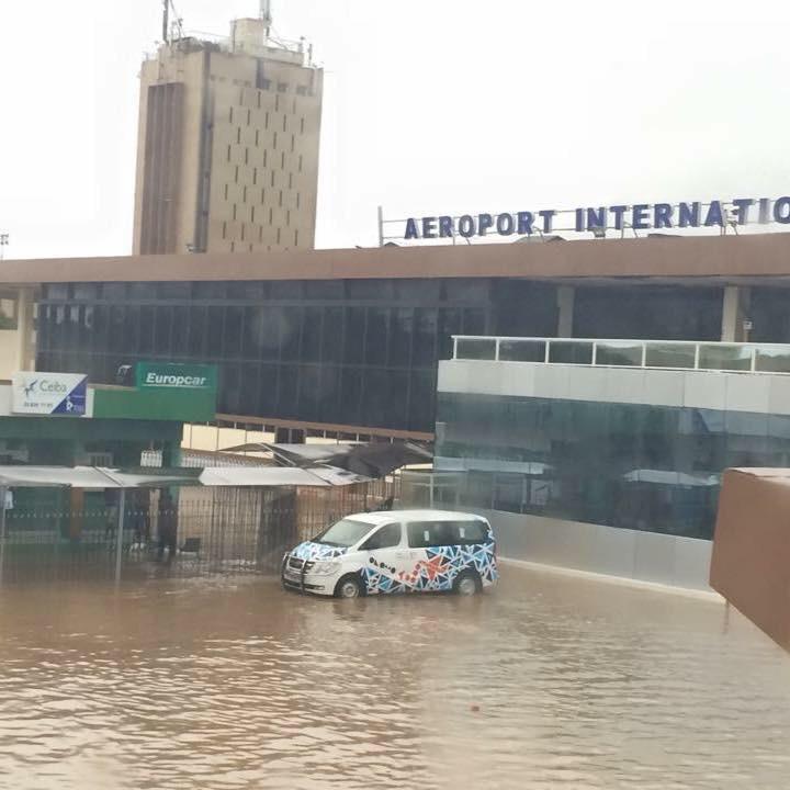 Forte pluie à Dakar : l'aéroport Léopold Sedar Senghor inondé