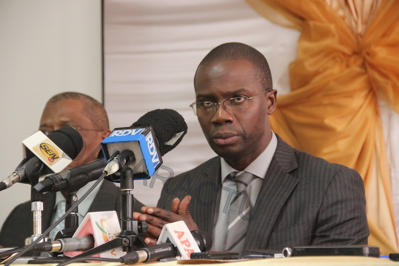 En images : La visite du Directeur des Sénégalais de l'extérieur aux Sénéglais rapatriés du Gabon