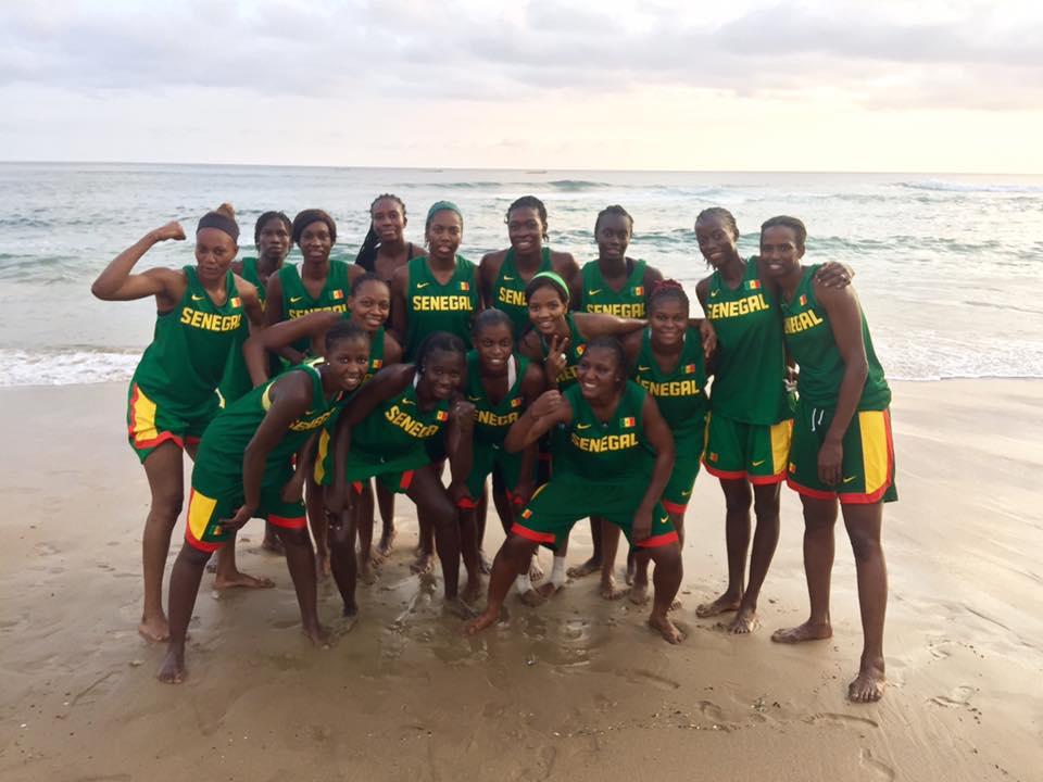BASKET : L'équipe féminine du Sénégal en détente après une séance d'entraînement