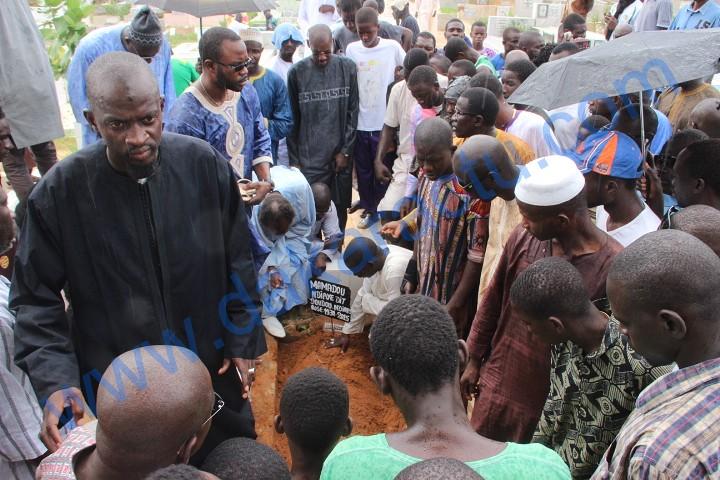 Les images de l'enterrement de Doudou N'diaye Coumba Rose