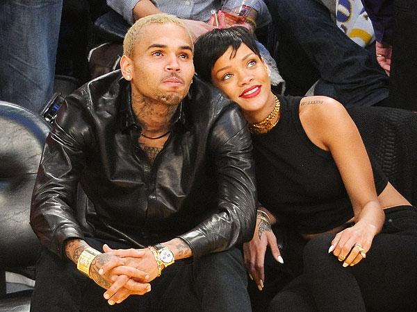 Rihanna : Chris Brown est toujours fou amoureux d'elle