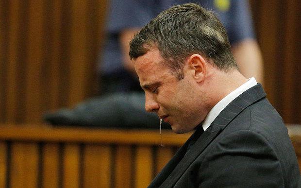 Afrique du Sud : Oscar Pistorius devra encore rester sous les verrous