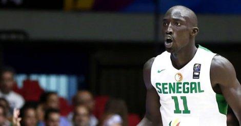 MOUHAMED FAYE : Définitivement exclu de l'Afrobasket 2015, il rentre sur Dakar