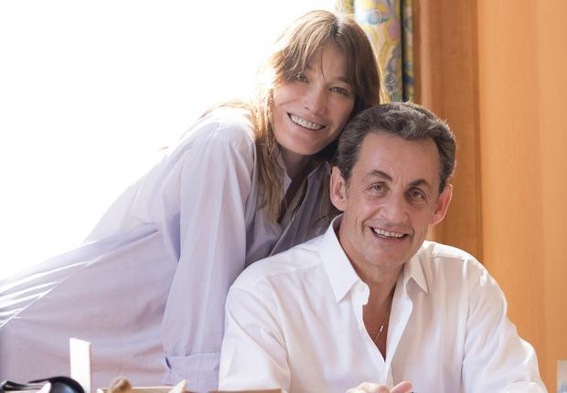 Photo exclu : Carla et Nicolas Sarkozy dans leur maison du Cap Nègre