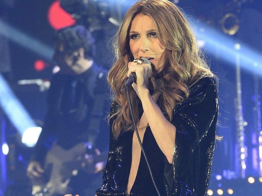 """Le fils de Céline Dion très """"affecté"""" par la maladie de son père"""