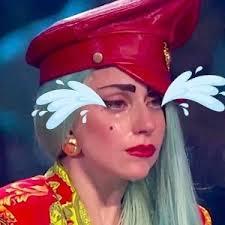 Pauvre Lady Gaga, elle n'arrête pas de pleurer !