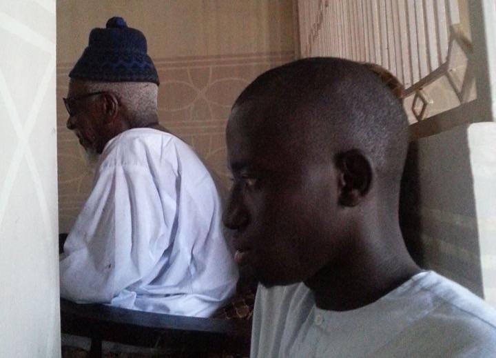 TOUBA-  La cour du Khalife dans tous ses états : Serigne Abdou Samad Maty Lèye prend le contre-pied de Serigne Cheikh Thioro